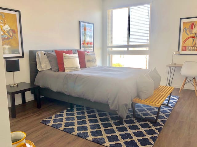 Excellent SoMa Launch Pad 1or 2BD/1BA