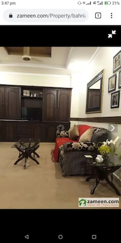 1 bed furnished apartment with living & kitchen