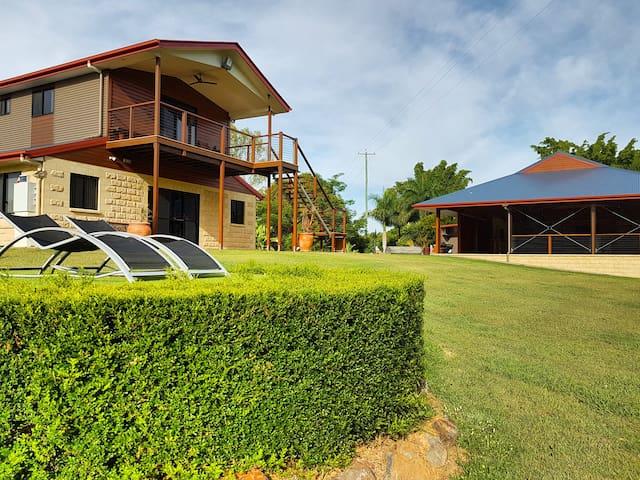 Platypus Park Riverside Retreat