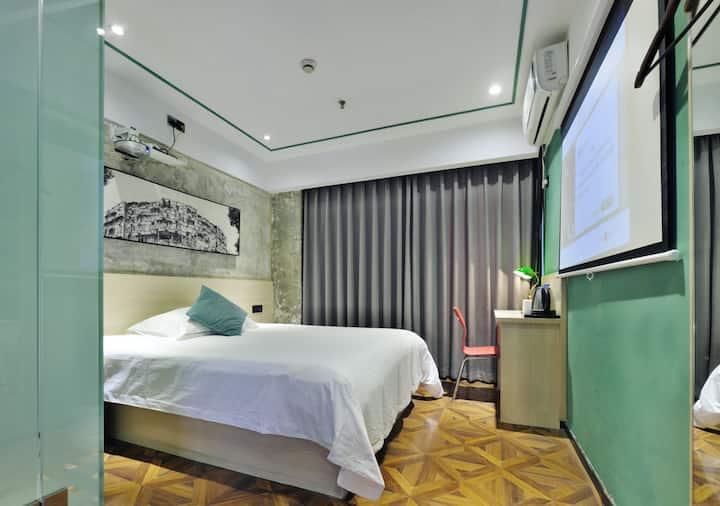 1.5米大床房