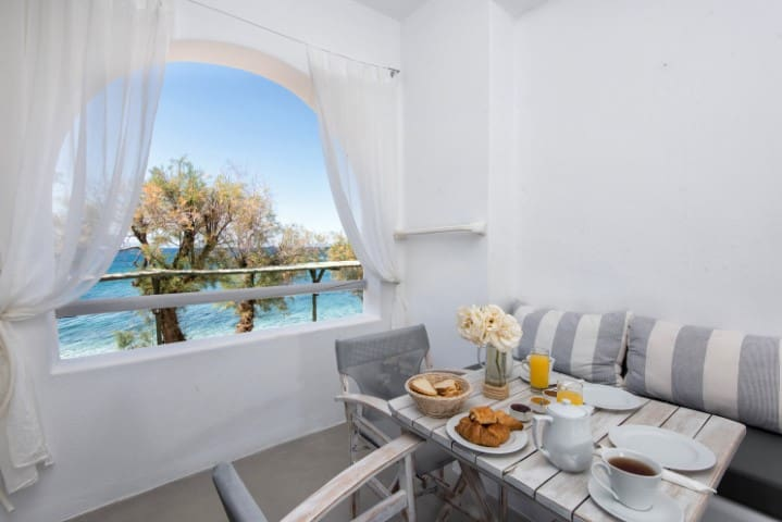 Apartment with Sea view - To Kyma