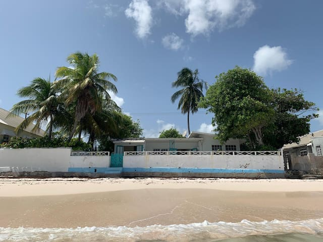 Idle A While beachfront 2 bedrooms  LOCATION !