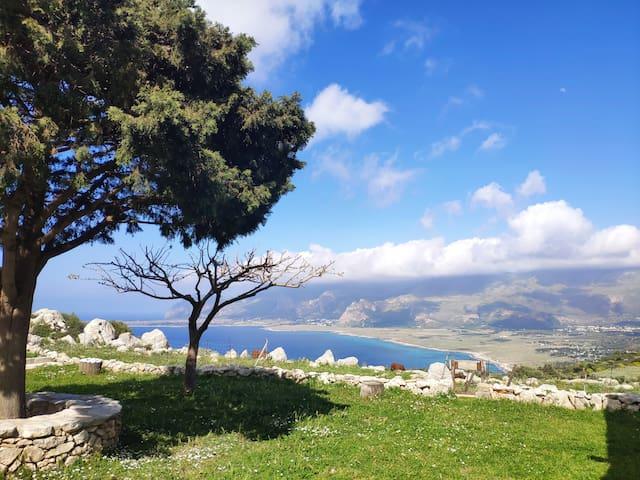 Monolocale Monte Cofano
