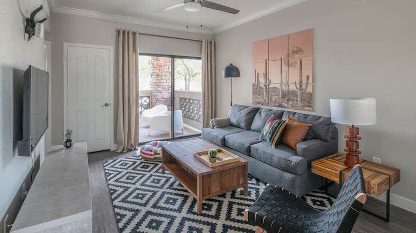 Chic 1BR in Tempe near ASU #1055 by WanderJaunt