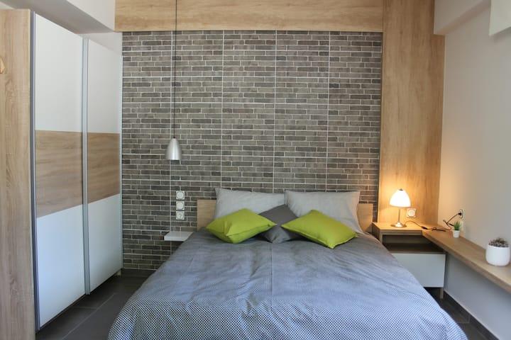 ΜΑ4 New Apartment Next To Hospital And University