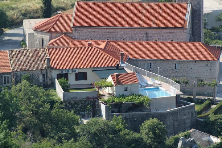 Three bedroom house with terrace Dubravka, Dubrovnik (K-9101)