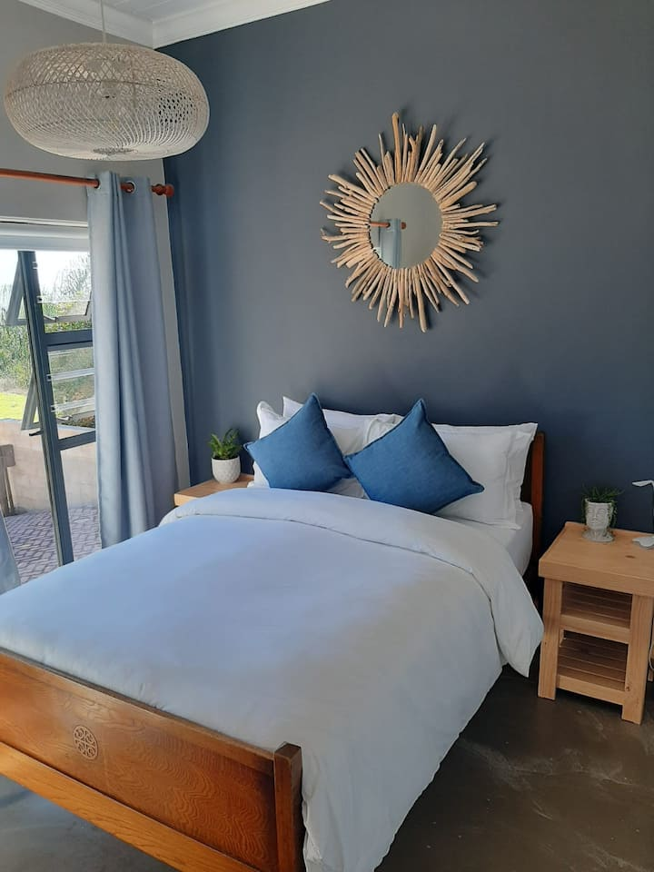 Fynbos Gorge - clean and modern - close to nature
