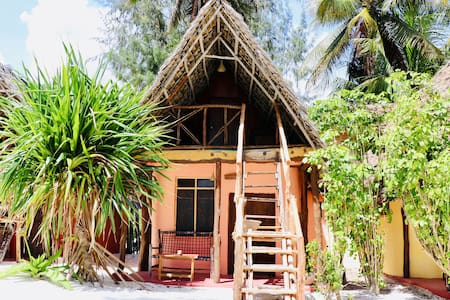 Small Size Beach Bungalows at Evergreen Bungalows
