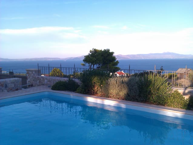 Exceptional Villa, Stunning sea view, Private pool - Marathon-Nea Makri - Huvila