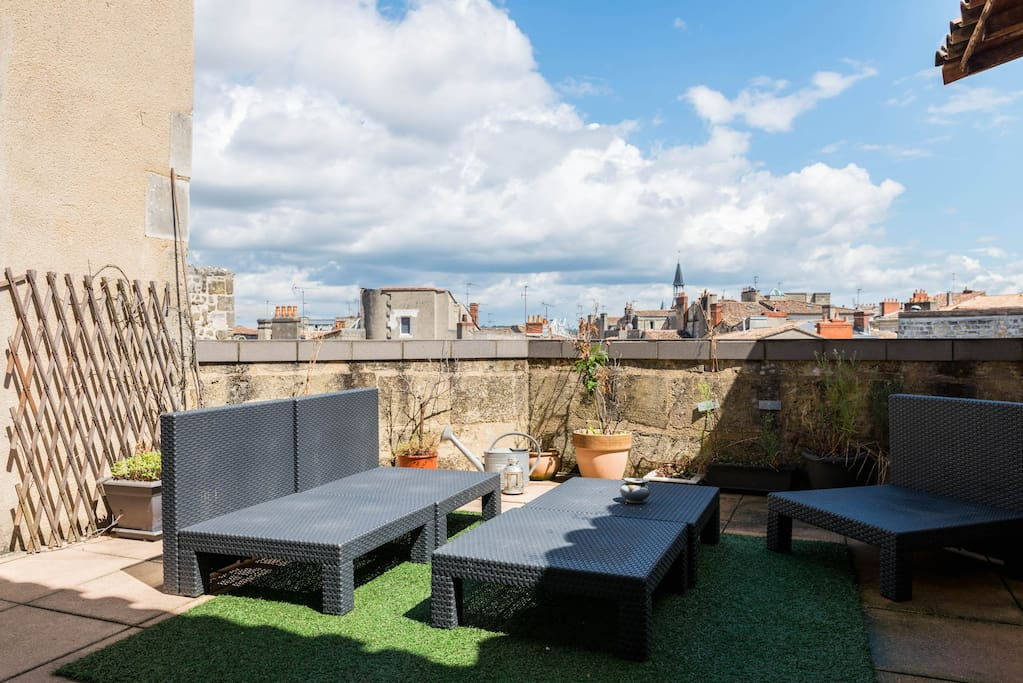 Plein de bordeaux centre avec terrasse parking for Location appartement avec terrasse bordeaux
