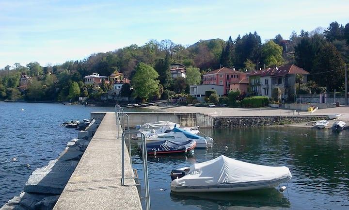 Relax sul Lago Maggiore - Appartamento Camelia