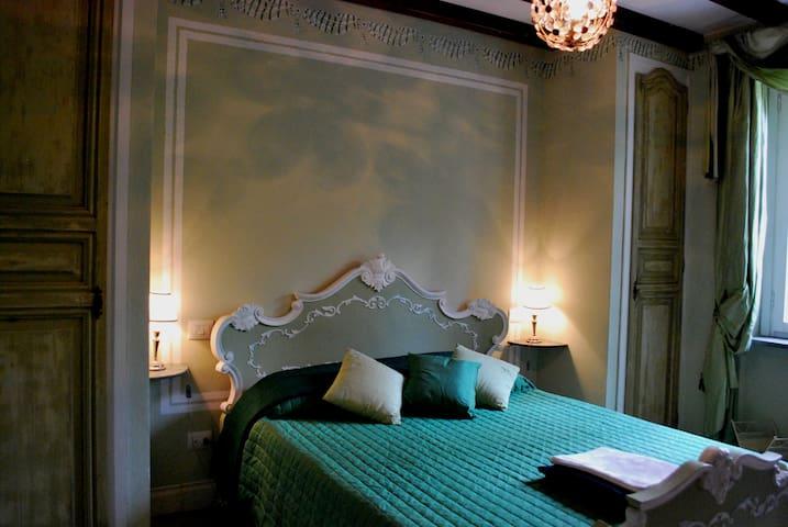 Villa 8 rooms with bathroom - pool - Giove - วิลล่า