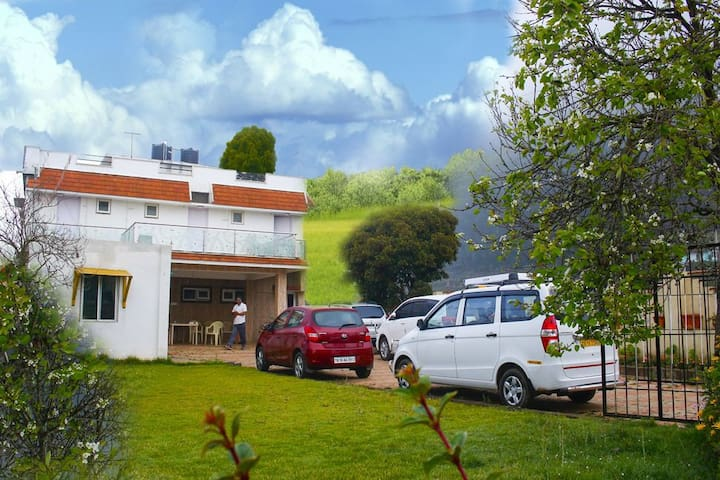 Well located Villa at Ooty *Glen view Homestay*