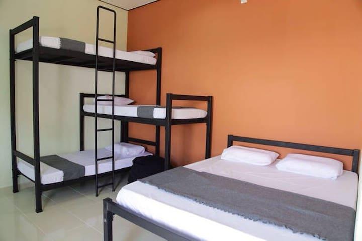 Belukar Lodges- 3 bunk+queen beds for 5 pax(Unit2)