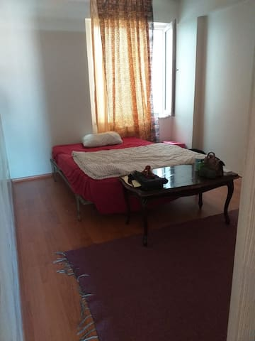 private room,central location and big smile