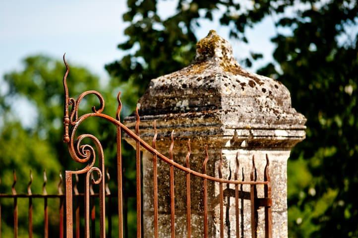 Lavande, retraite romantique pour deux - Saint-Félix-de-Villadeix