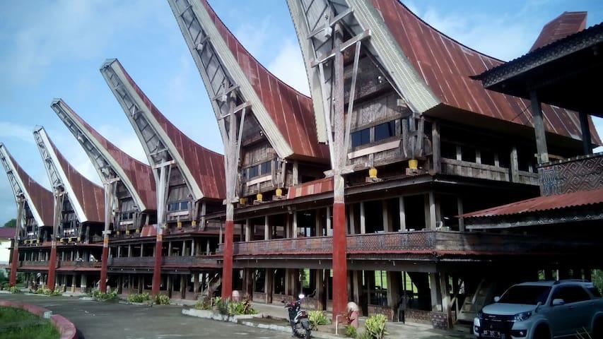 Gandeng Traditional Dorm - pangli/malakiri