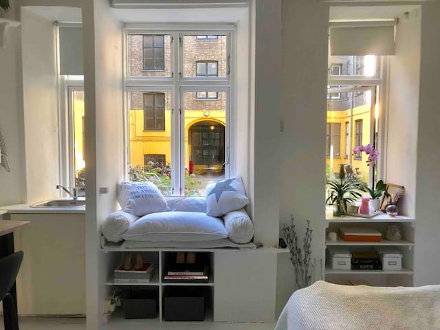 Lovely CENTRAL 1 room APARTMENT
