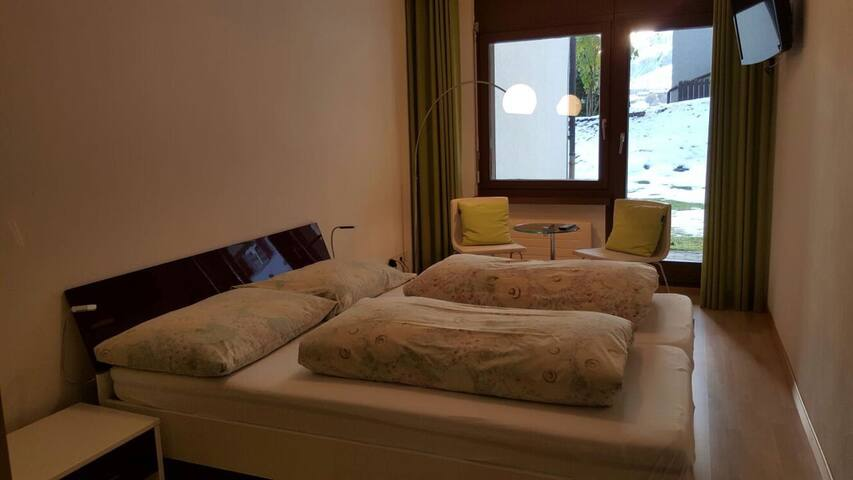1 Zimmer Wohnung 'gonda' - Disentis/Mustér - Apto. en complejo residencial