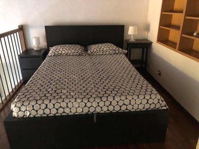 sleeping area, double bed.