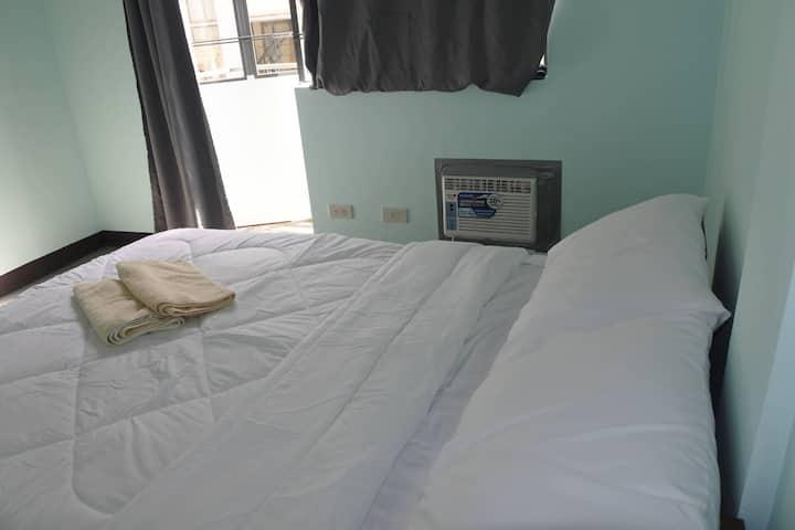 millenian pad's Balcony room