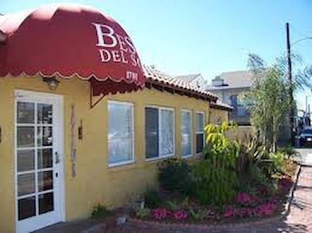 Studio - Surfers paradise at Beso Del Sol - Huntington Beach