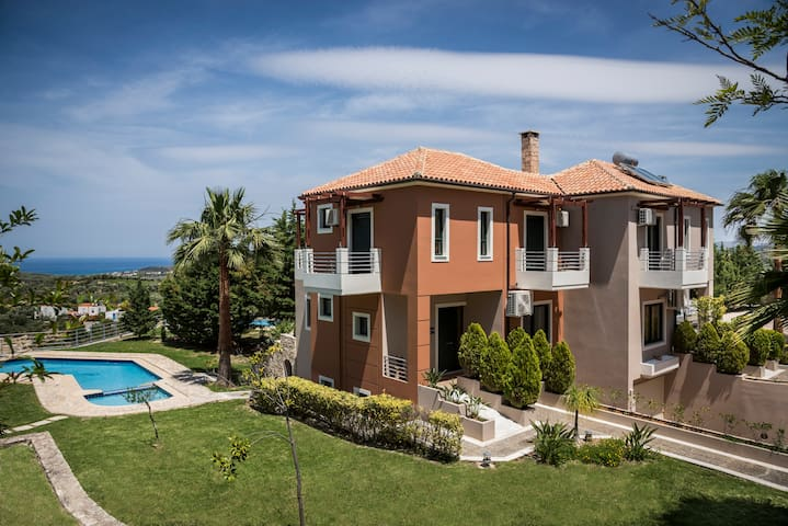 Luxury Villas with 7 bedroom and private pools - Μάλεμε - Villa