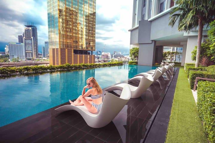 KLCC Luxury Suite | Bathtub+Netflix | walk to KLCC
