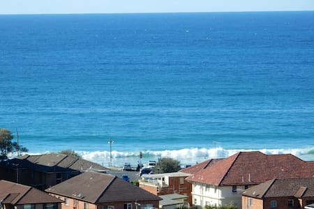 Cronulla Apartment with Views