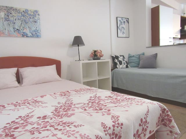 Ground floor studio apartment VOLAT