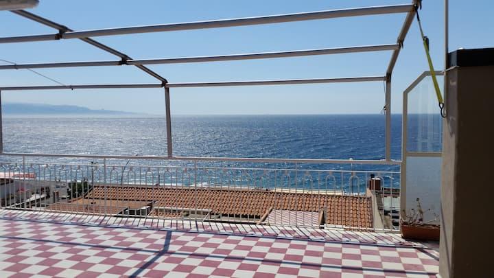 Appartamento Ancora a Roccalumera vicino Taormina