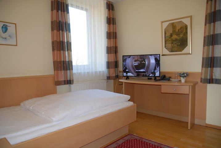 Hotel-Gasthof Grottental, (Meßstetten), Einzelzimmer