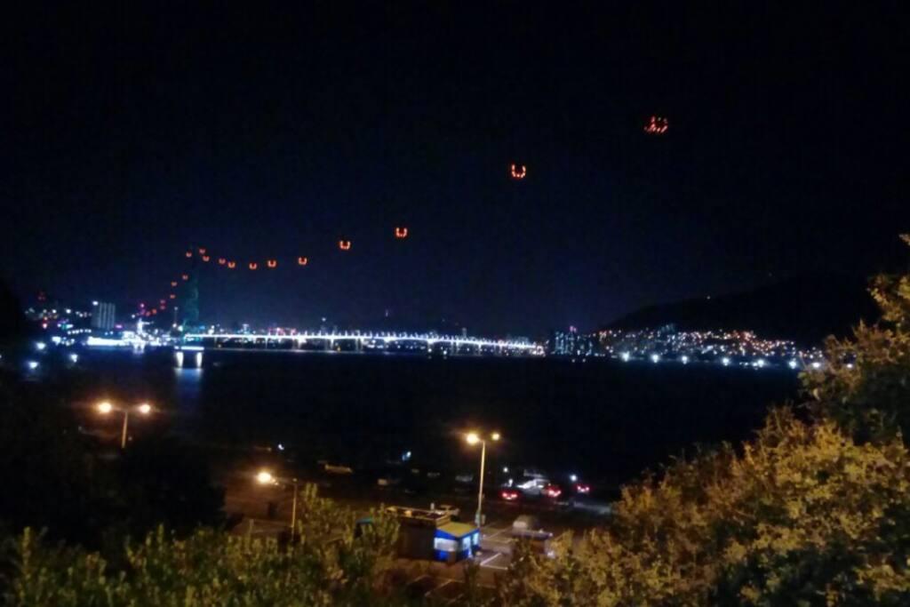 암남공원에서 아파트쪽을 보는 야경 Night view from Amnam Park