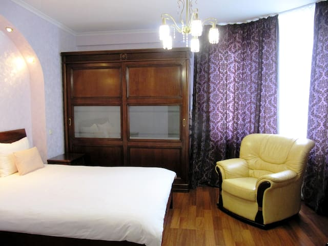 Comforable apartment near the airport and centre - Kyiv - Apartment