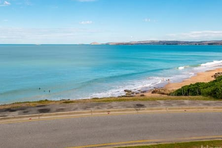 ❤️South Seas❤️ - Port Elliot Beachfront Apt - WiFi