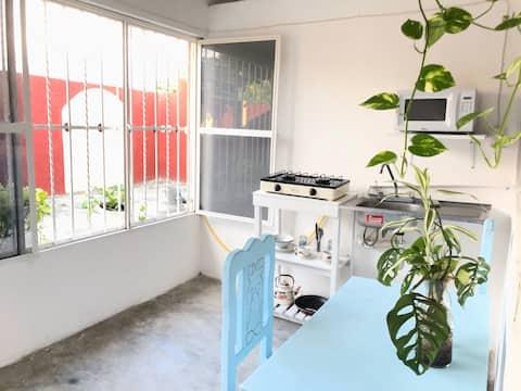 Mar&Vi's Sweet-Home in Tonala with Wi-fi (1-3 pax)