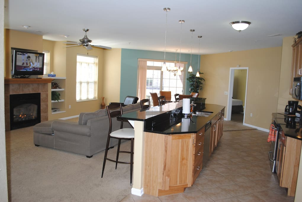 Wisconsin Dells Getaways #204 Living and Kitchen Areas