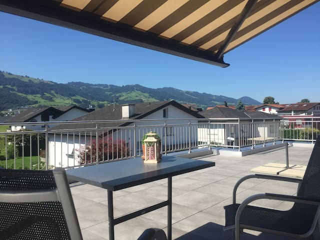 apartment in a quiet location with pool - Wangen - Lejlighed