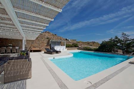 Divine Villa Mykonos - Kalafati