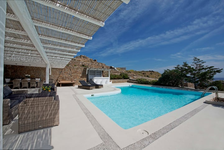 Luxury apartment Divine, private pool, sea view