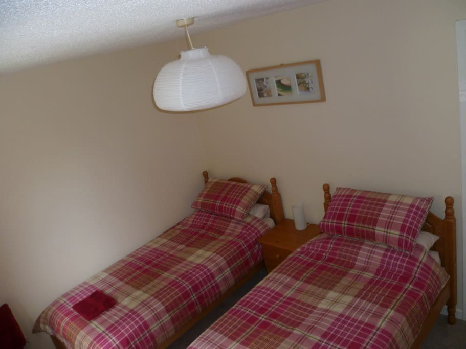 Twin room, which also converts to be a super-kibg sized bed