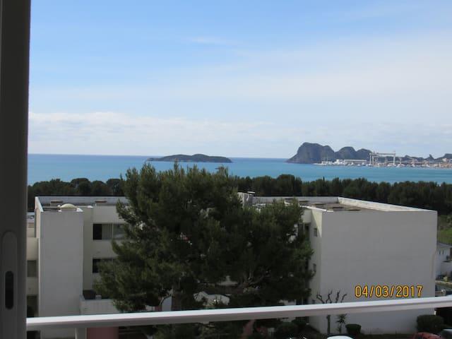 Studio avec vue panoramique sur la Ciotat