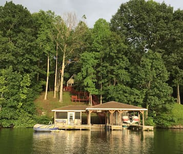 Lake Anna Waterfront Retreat - Deep water - Mineral