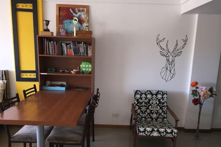 Amplio y confortable depto en Olavarria