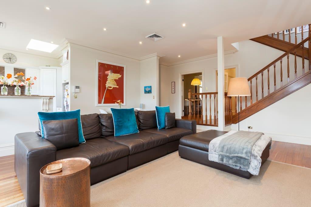 Open plan lounge room / kitchen area