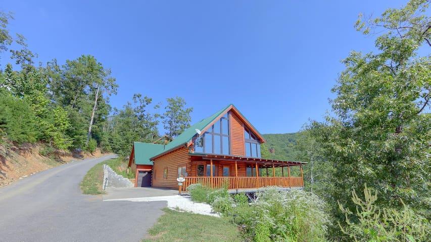 Brown Bear Lodge #49 - Sevierville - Cabaña