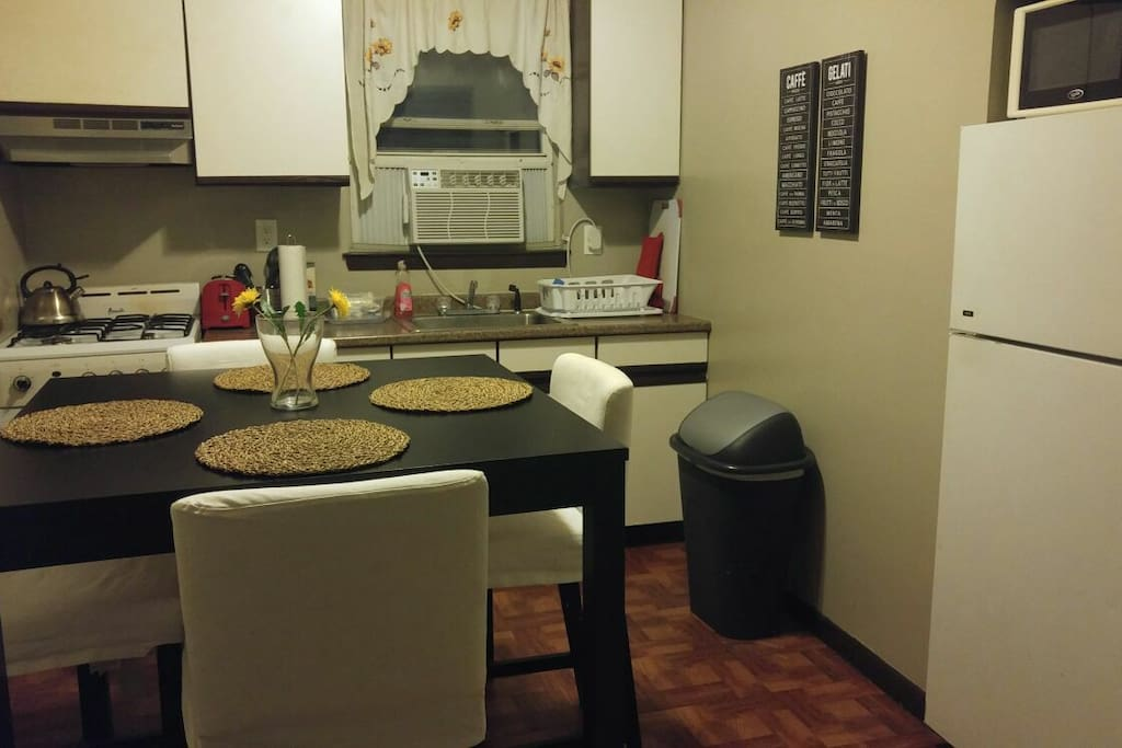 Entire Two Bedroom Apartment In Queens Near Subway Appartements Louer Queens New York