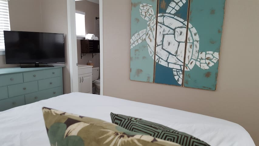 Master Bedroom #2 - come relax and enjoy!!!