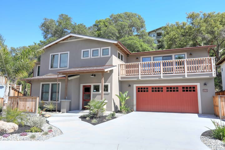 LARGE HOME - A Wave From It All - Best of Avila