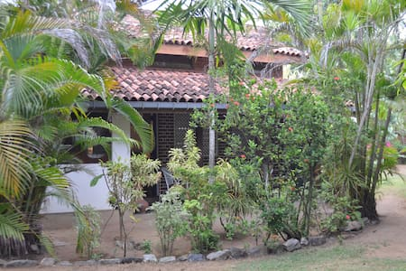 Cottage Garden Bungalows - Bungalow 2